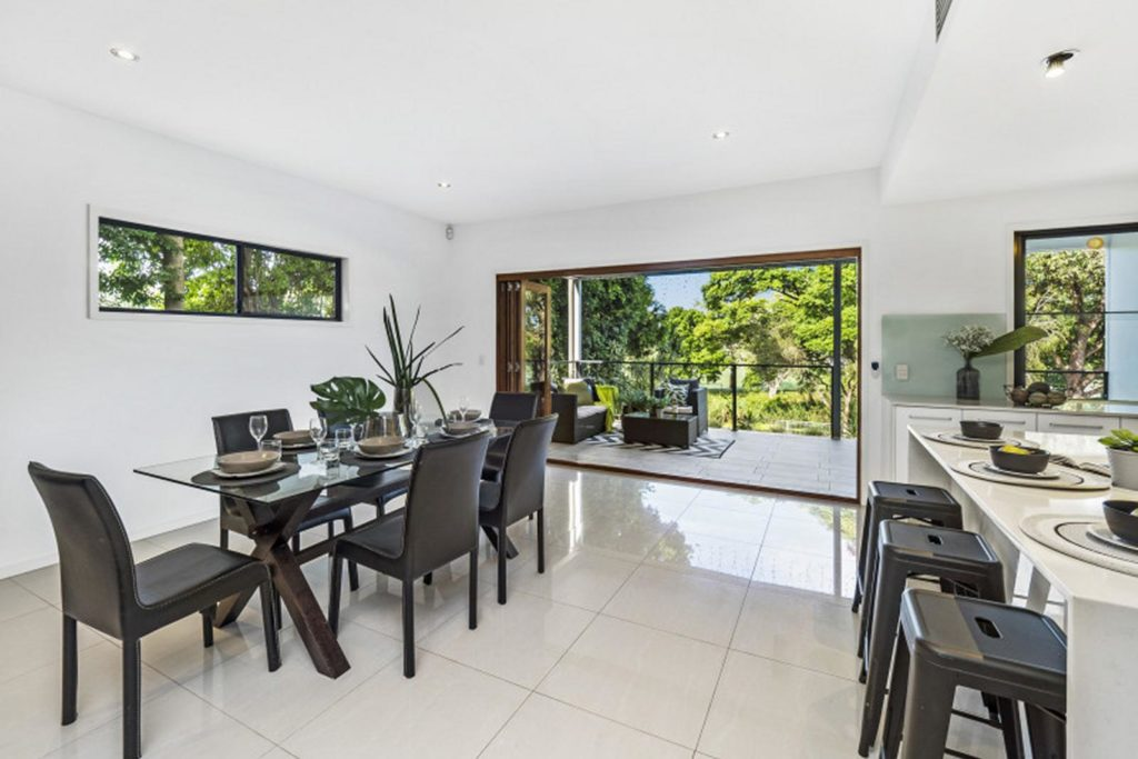Wavell Heights Property Style